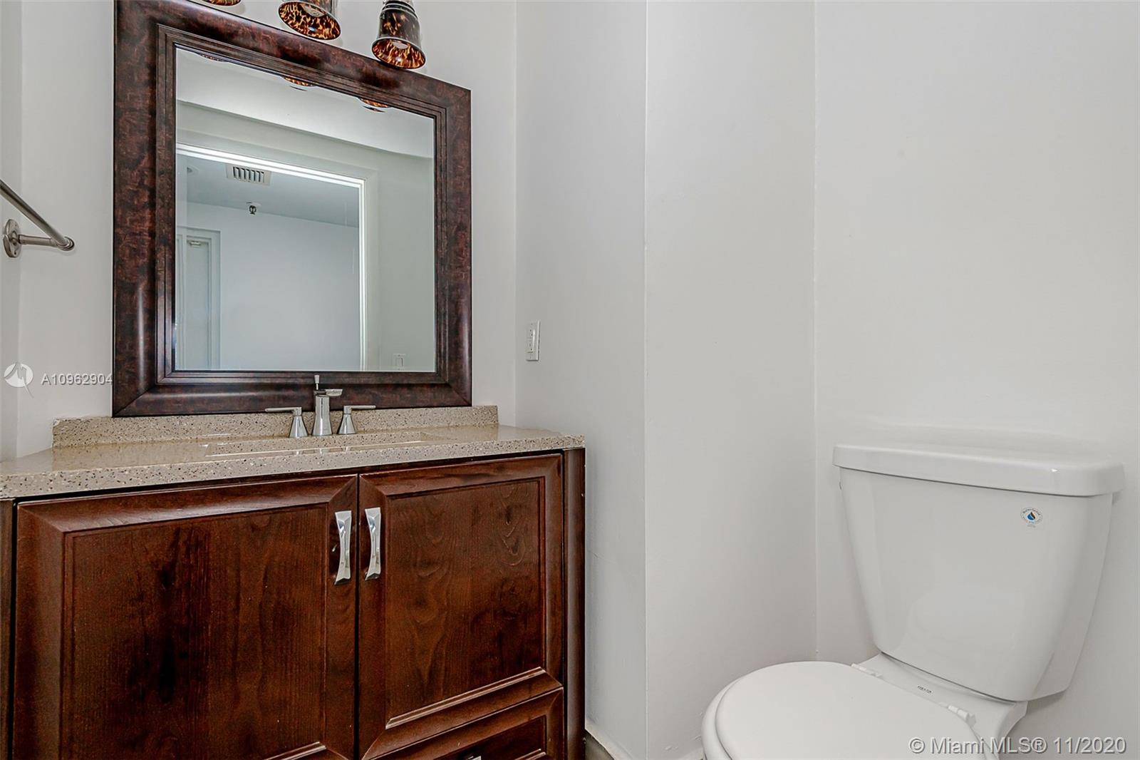 383 Poinciana Dr #1221 photo09