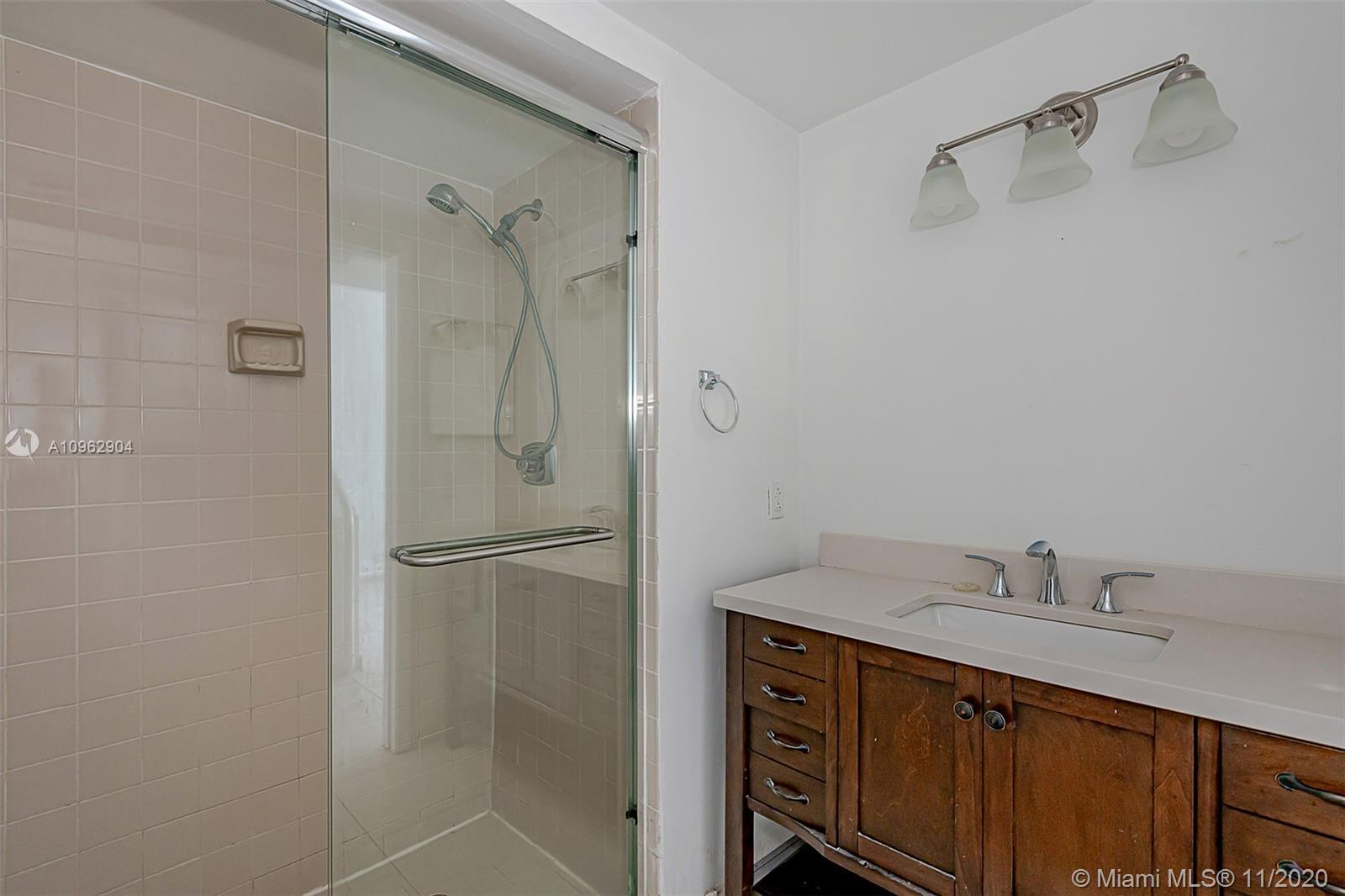 383 Poinciana Dr #1221 photo015