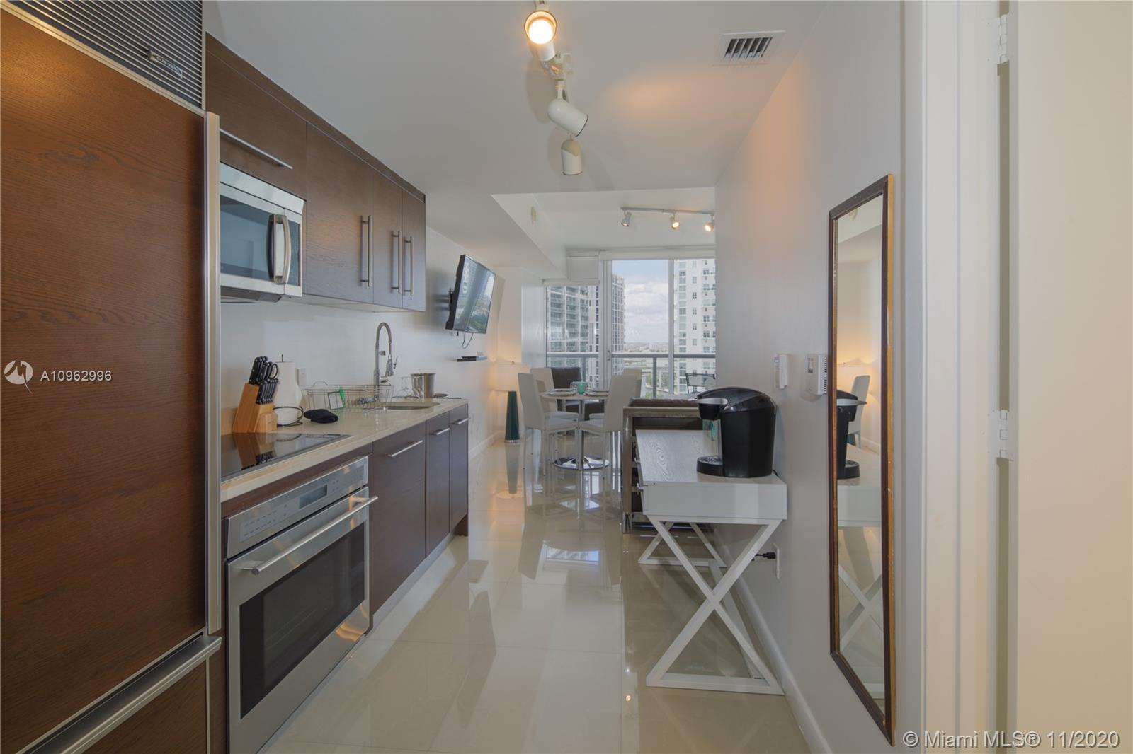 Icon Brickell 3 #1705 - 485 Brickell Ave #1705, Miami, FL 33131