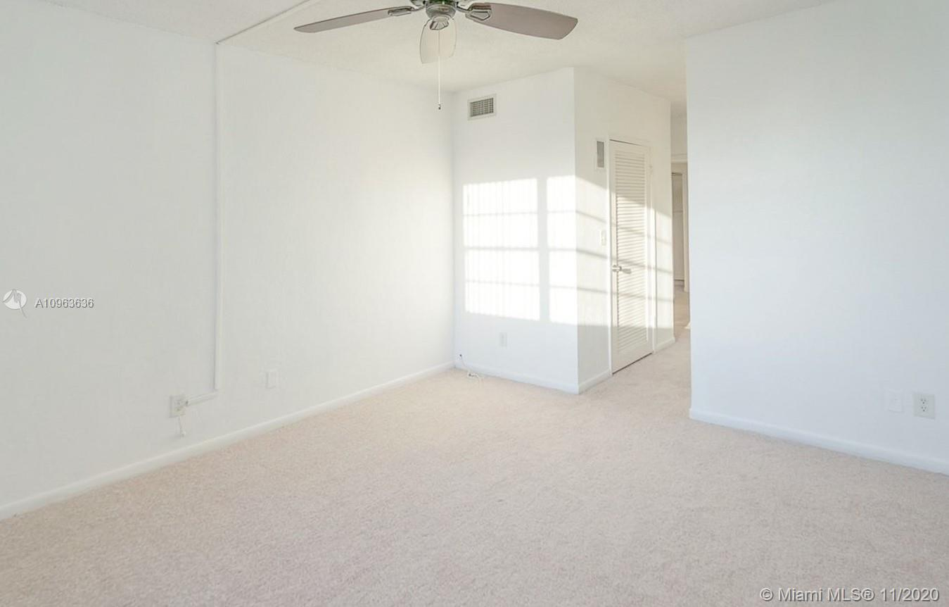 19390 Collins Ave #1103 photo011