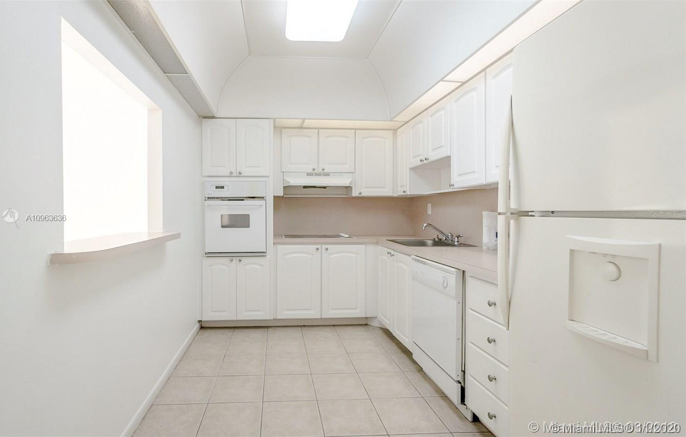 19390 Collins Ave #1103 photo08