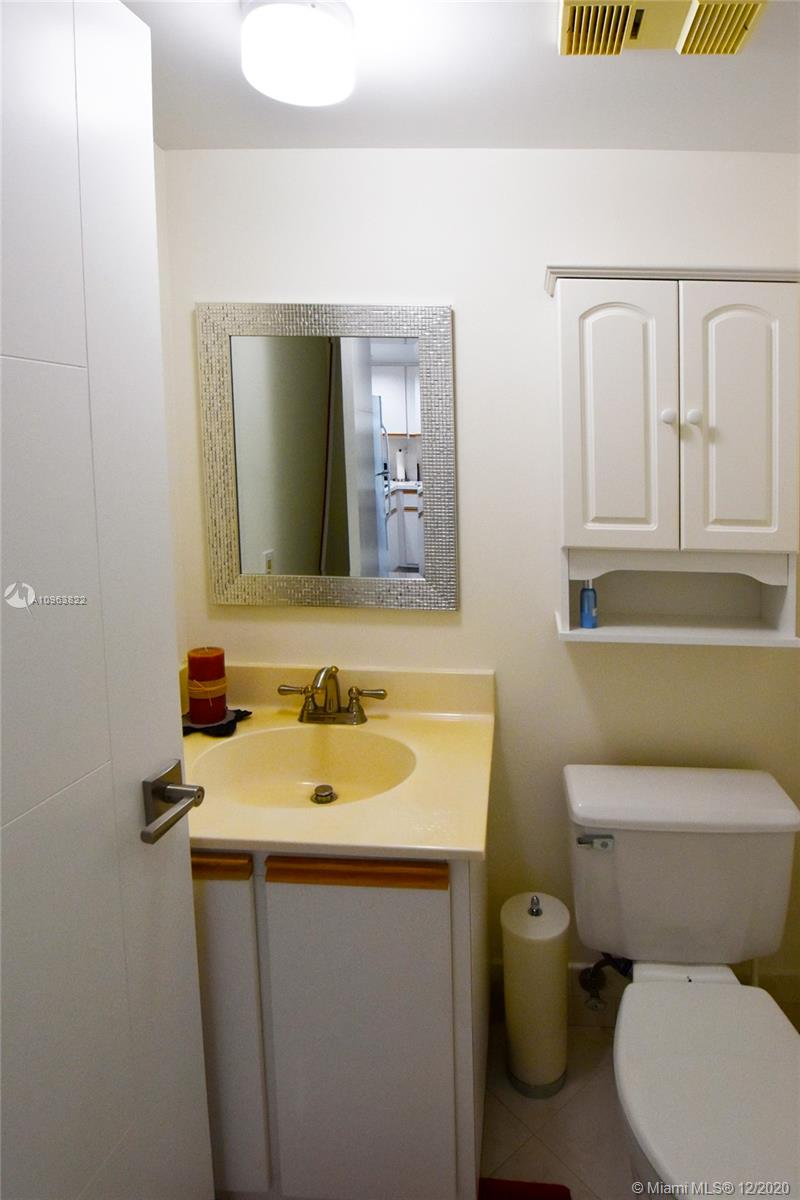 540 Brickell Key Dr #1422 photo012