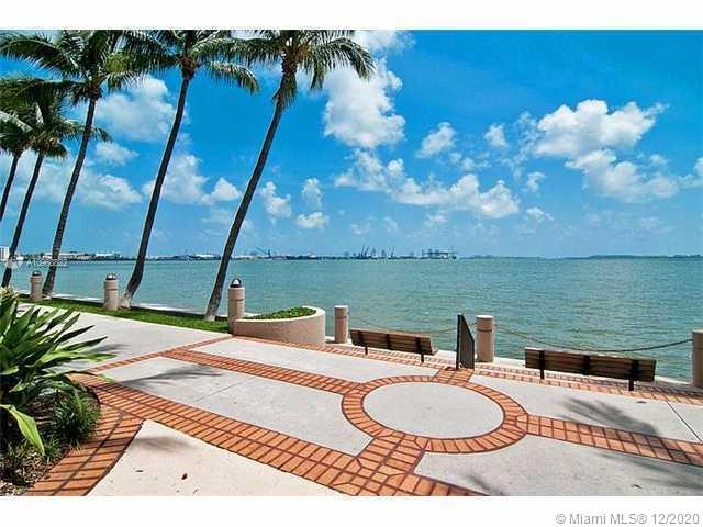 540 Brickell Key Dr #1422 photo033