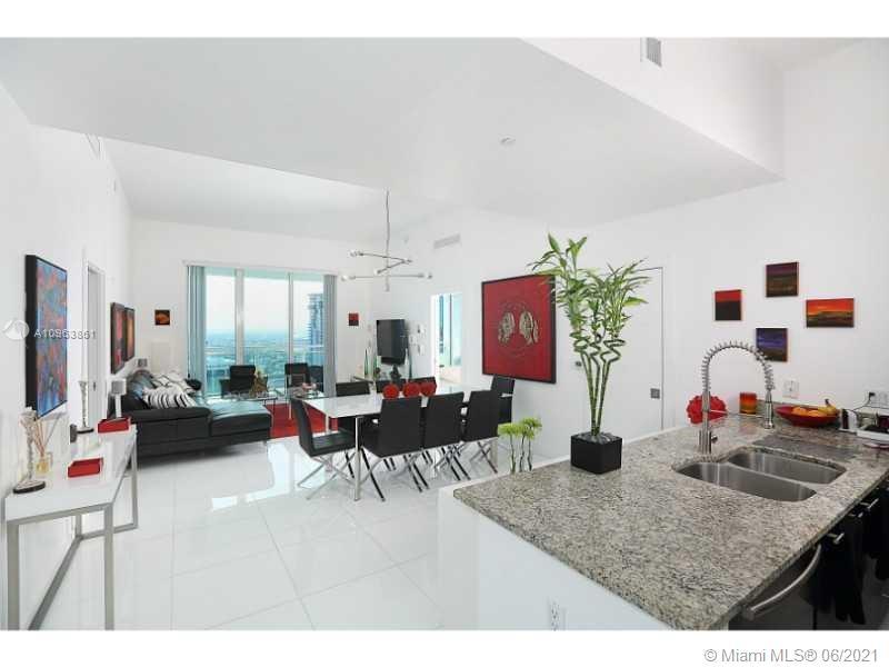 The Plaza on Brickell 2 #4207 - 951 Brickell Ave #4207, Miami, FL 33131