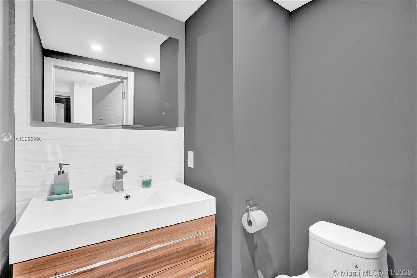 424 Poinciana Dr #1721 photo016