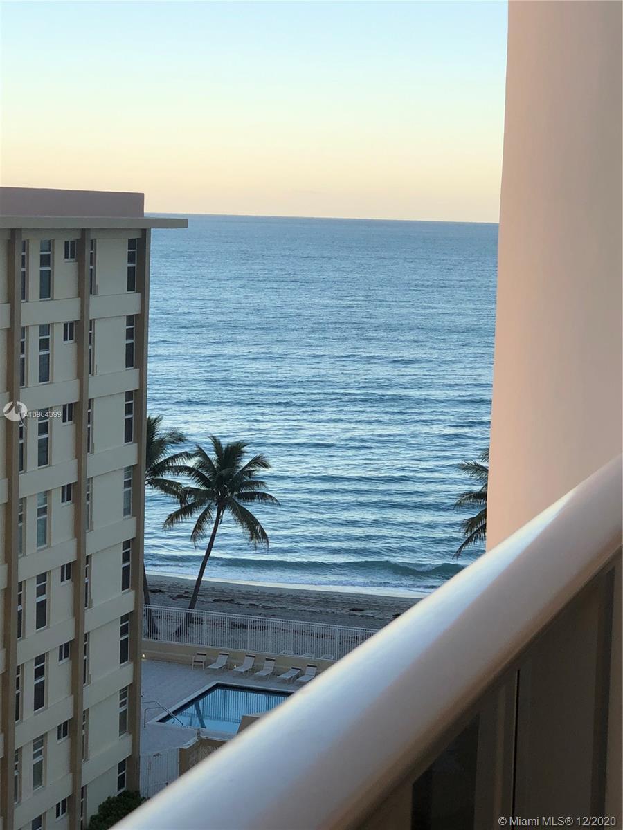 3140 S Ocean Dr #809 photo01