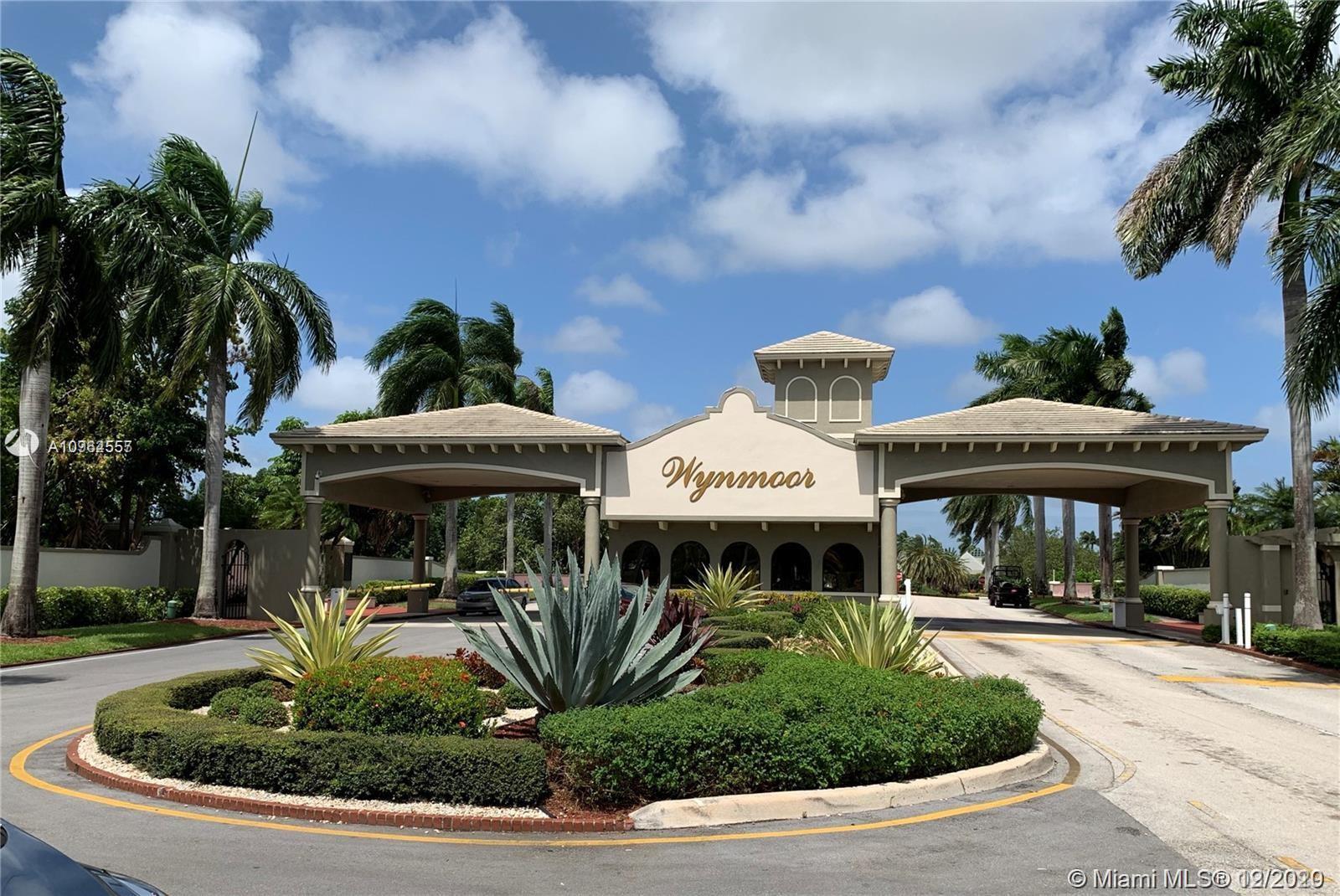 1208 Bahama Bnd #C2