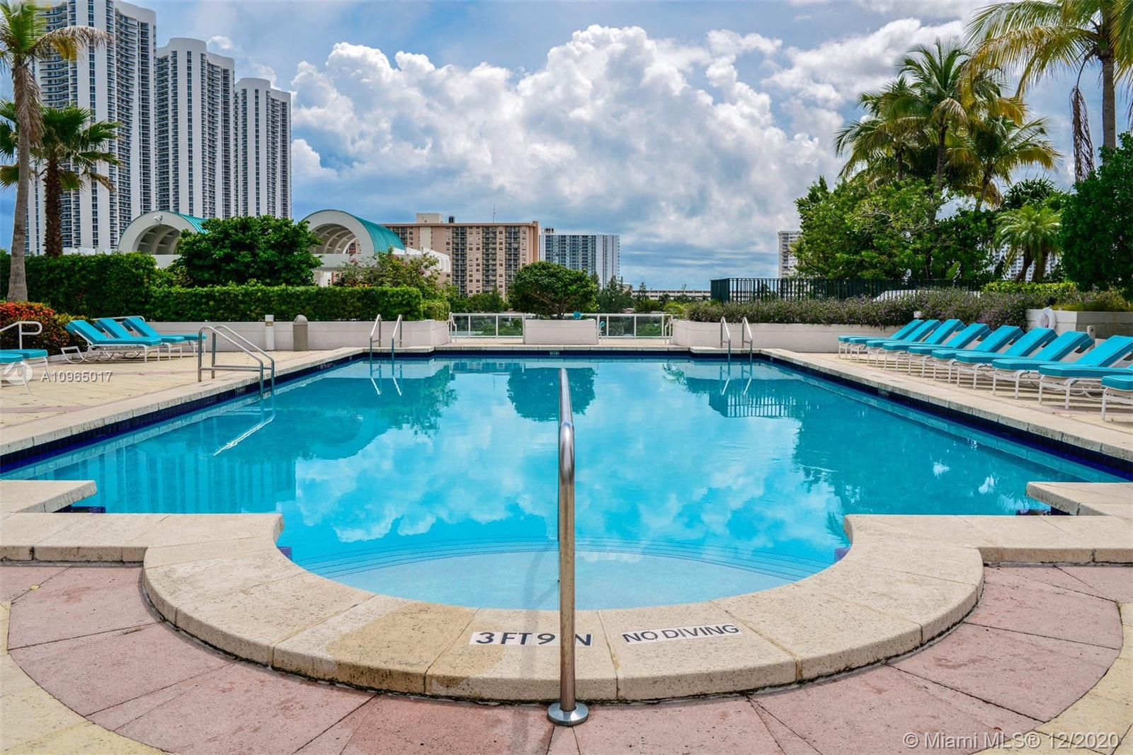 Photo of 16400 Collins Ave #1442 listing for Sale
