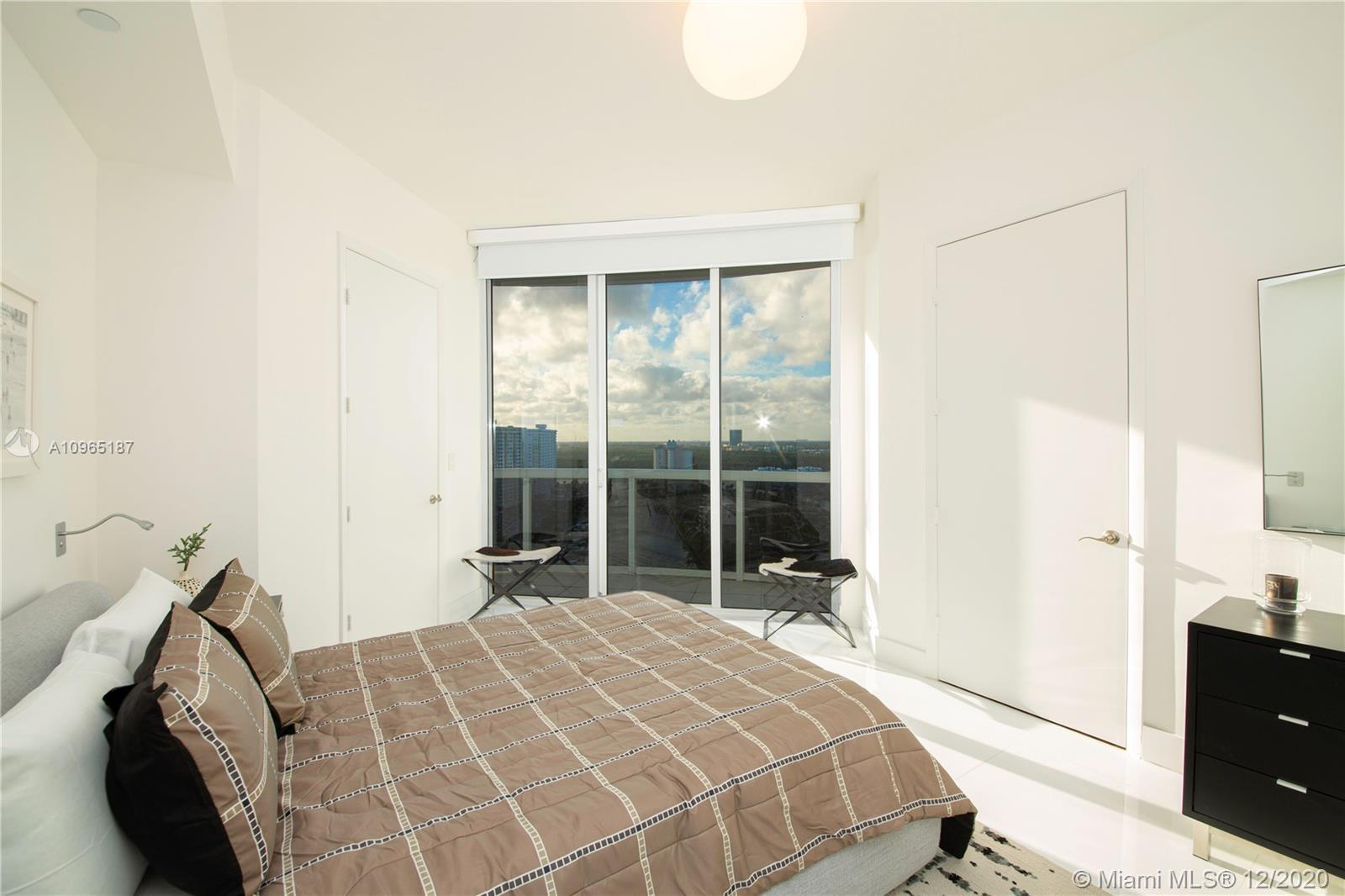Photo of 15811 Collins Ave #1604 listing for Sale