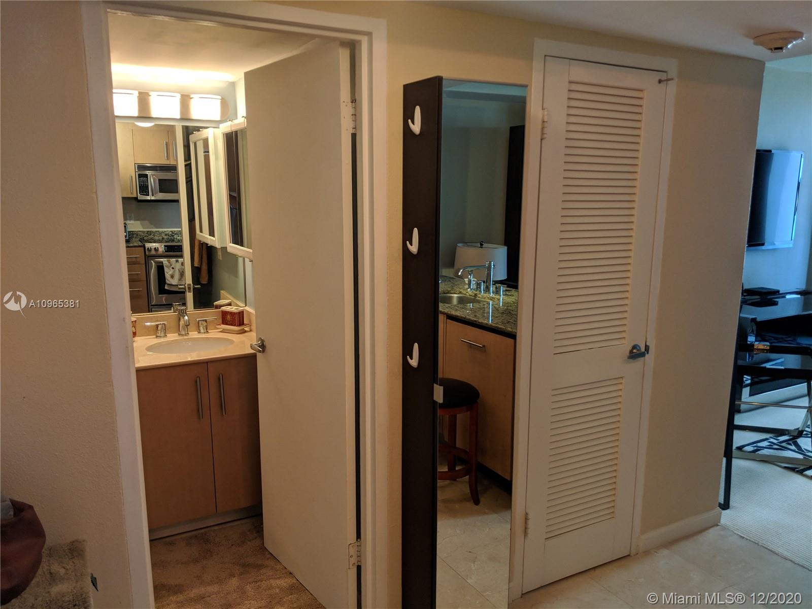 10275 Collins Ave #905 photo07