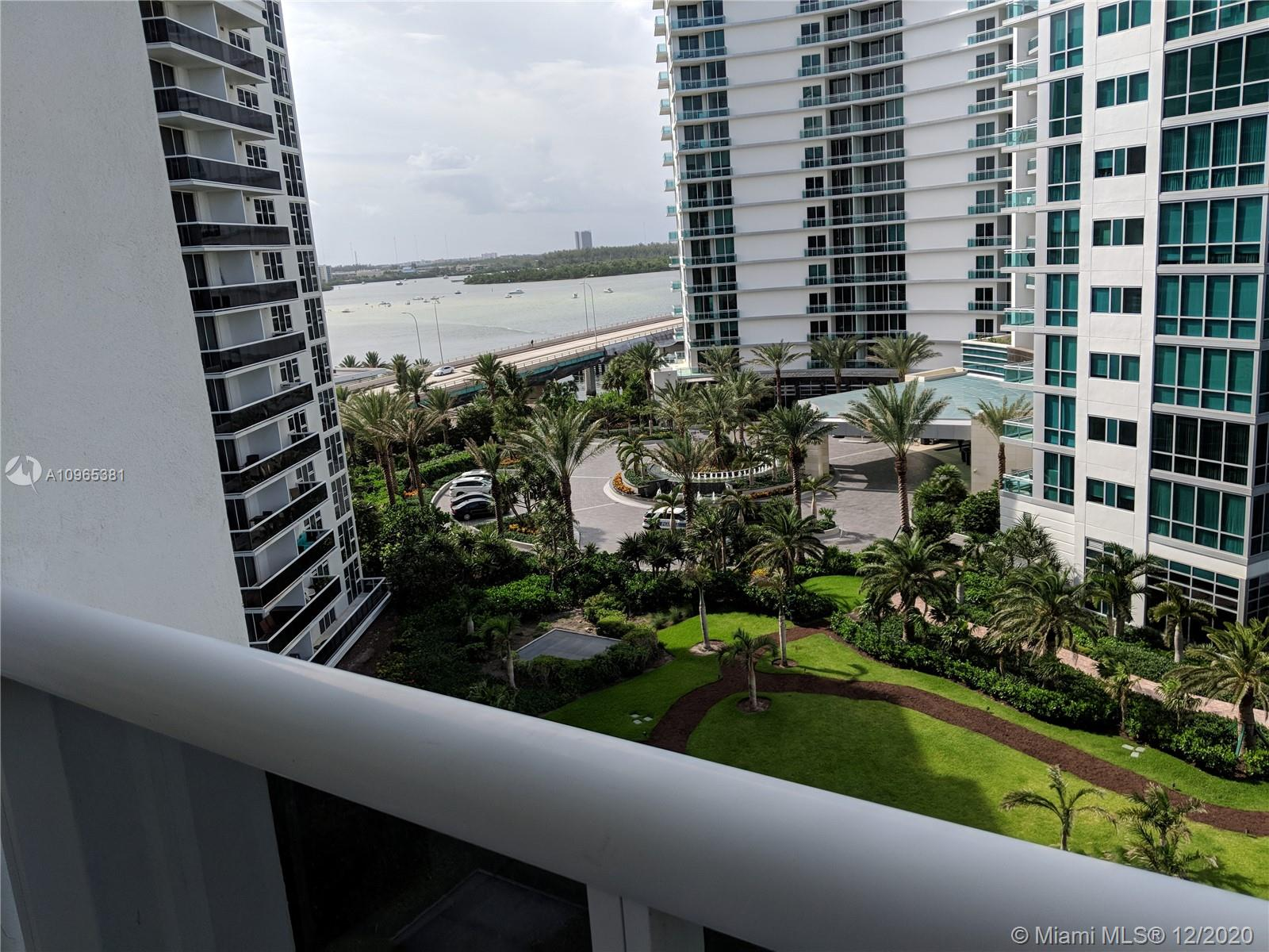 10275 Collins Ave #905 photo018