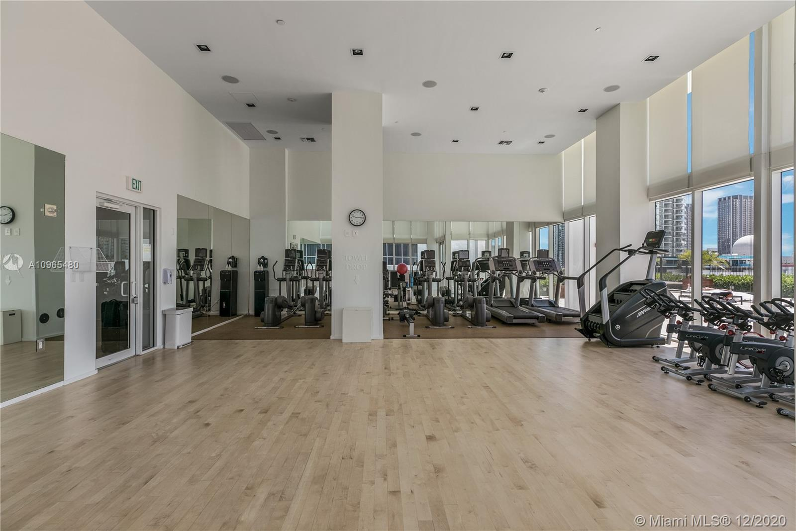 1040 Biscayne Blvd #1506 photo017