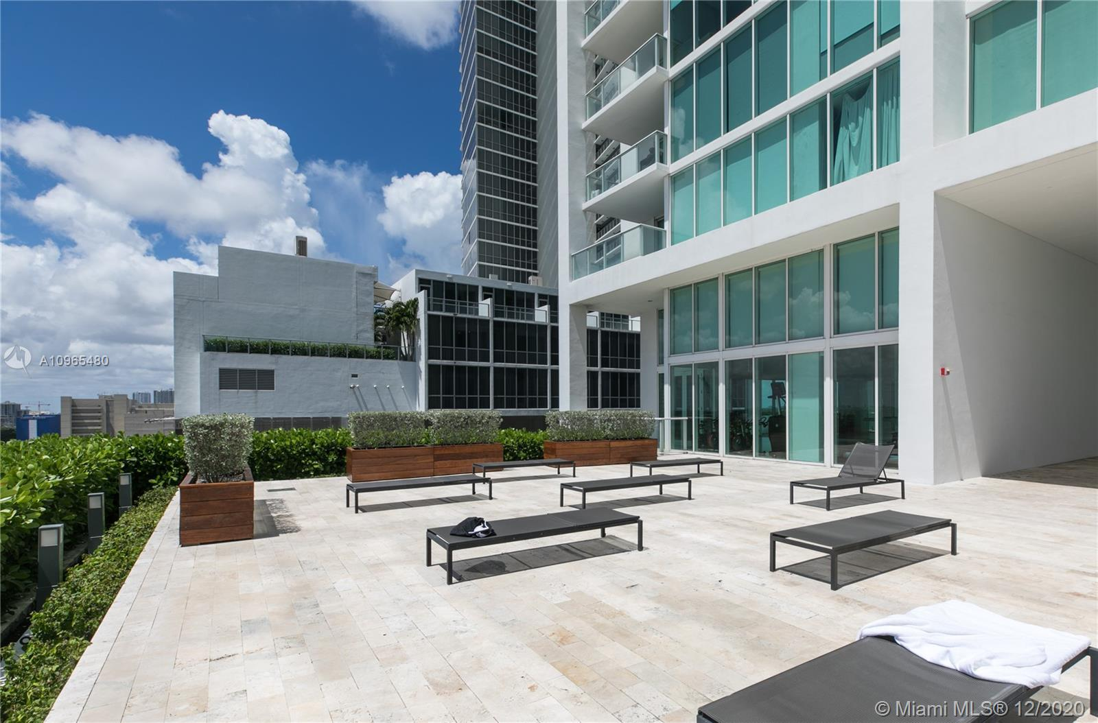 1040 Biscayne Blvd #1506 photo024