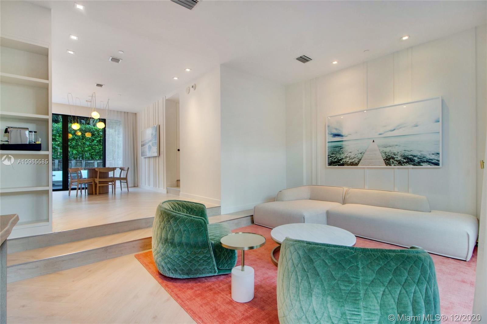 W South Beach #Bungalow 3 - 2201 Collins Ave #Bungalow 3, Miami Beach, FL 33139
