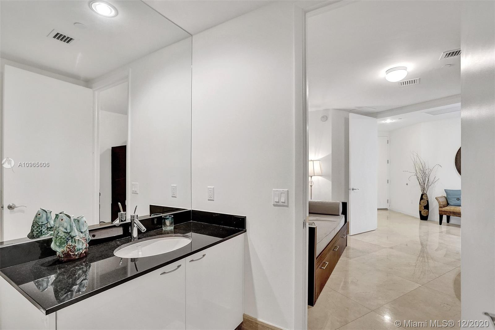 Photo of 15901 Collins Ave #1203 listing for Sale