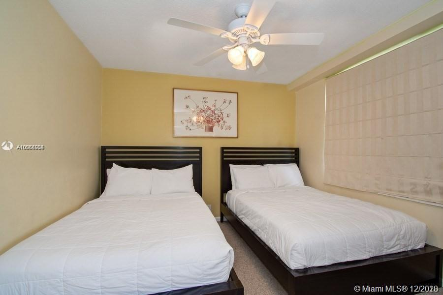 5225 Collins Ave #1108 photo09