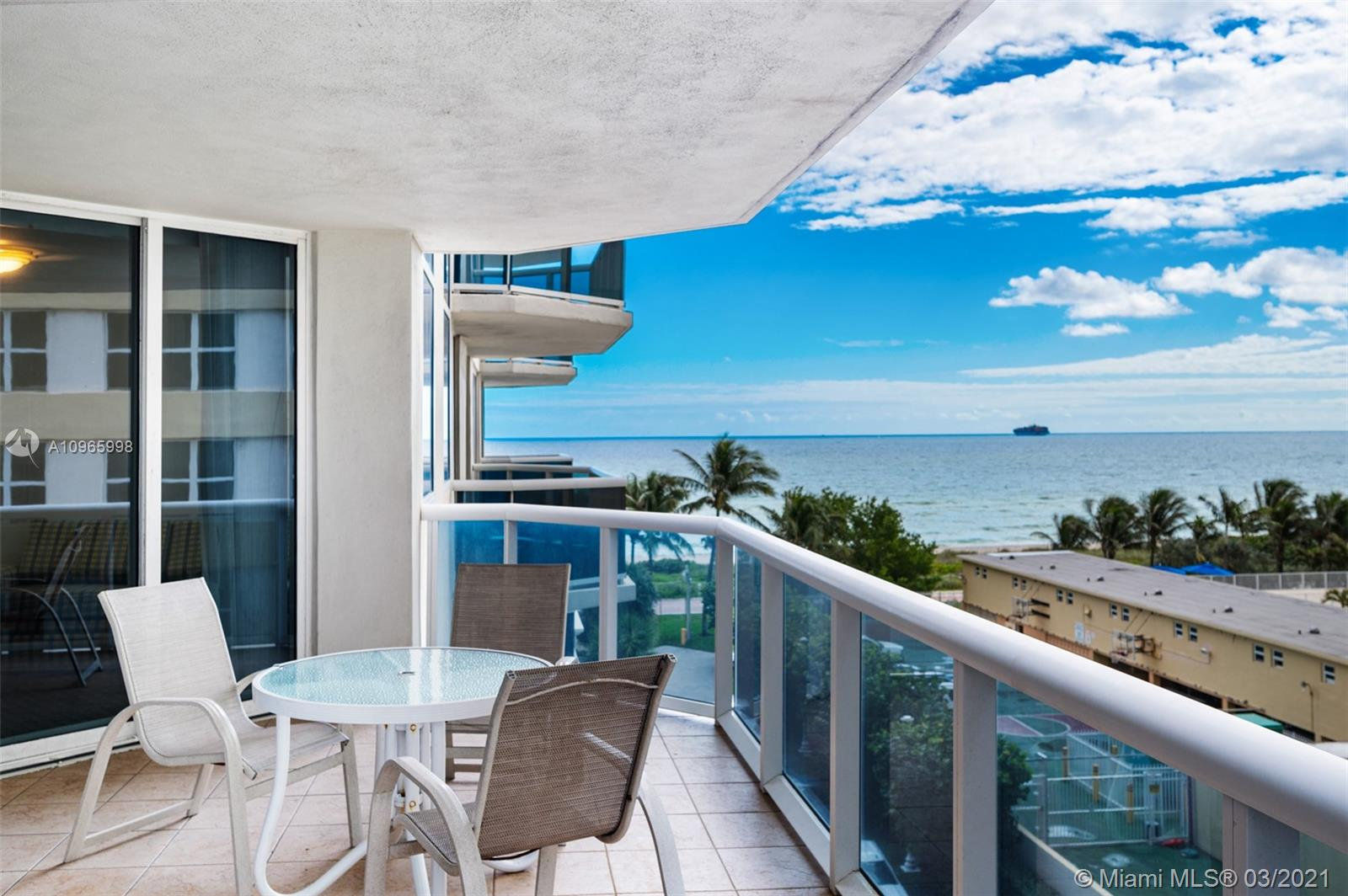 Green Diamond #504 - 4775 Collins Ave #504, Miami Beach, FL 33140
