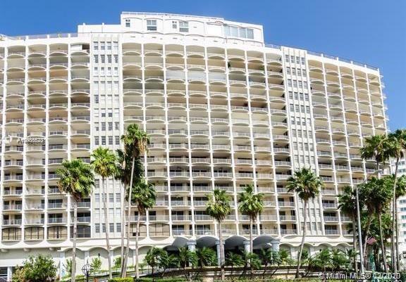 Carriage House #228 - 5401 Collins Ave #228, Miami Beach, FL 33140