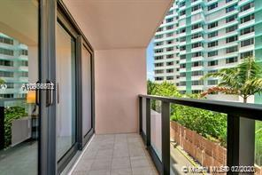 5225 Collins Avenue #408 photo026