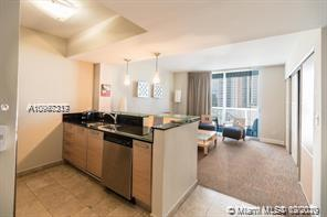 18683 Collins Ave #603 photo02