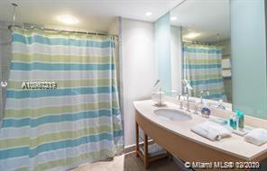 18683 Collins Ave #603 photo010