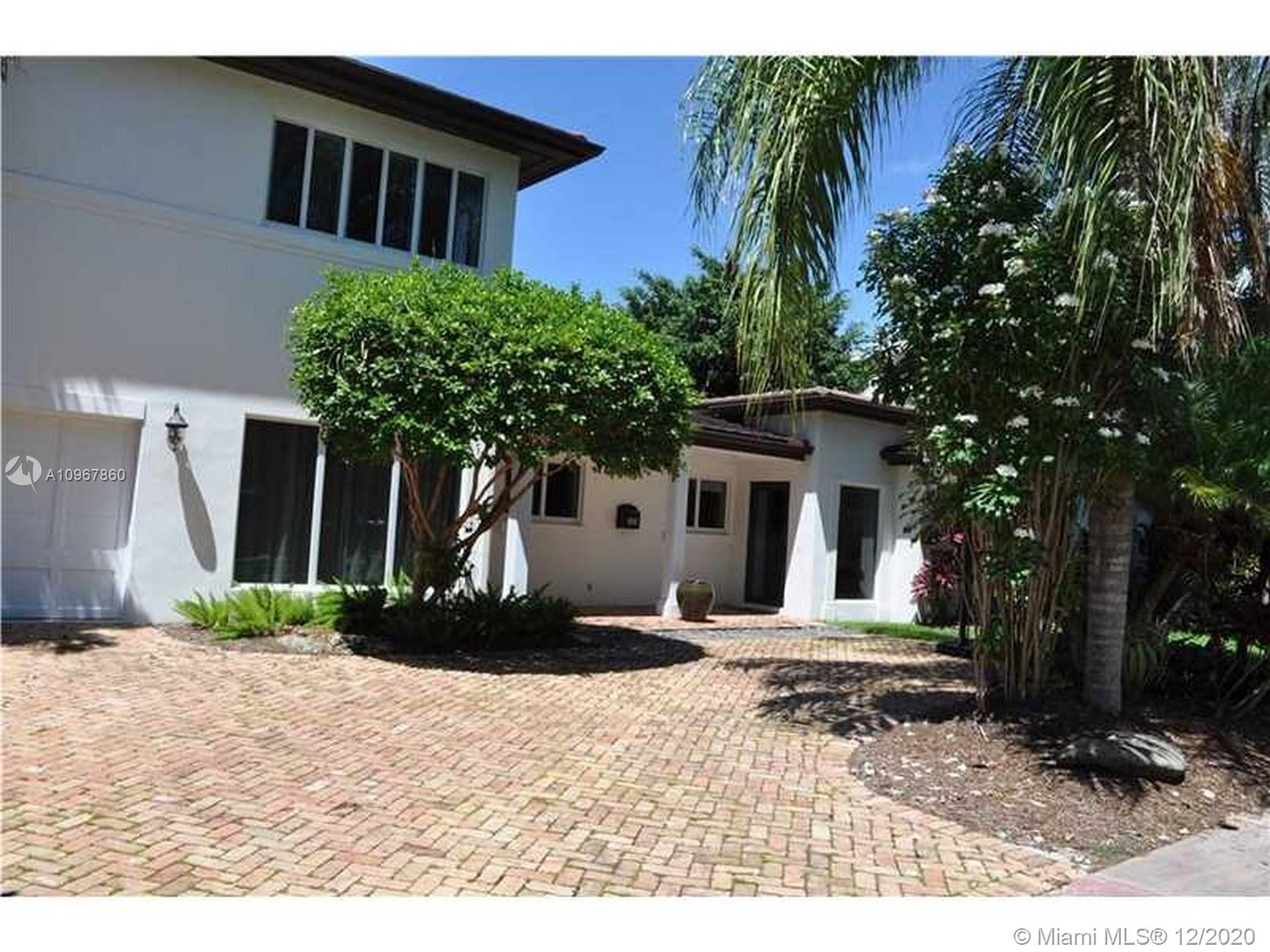 South Miami - 6845 Veronese St, Coral Gables, FL 33146