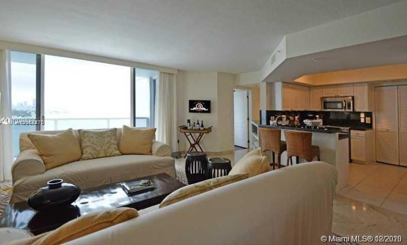 1900 SUNSET HARBOUR DR #1808 photo05