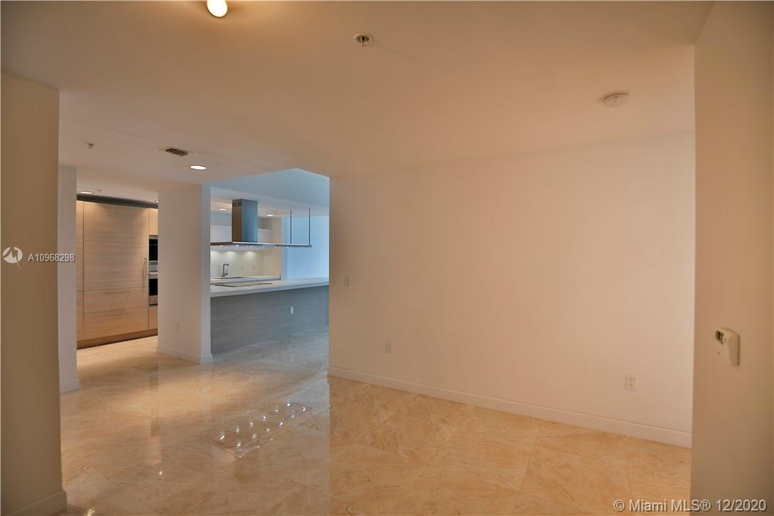 17301 Biscayne Blvd #406 photo040
