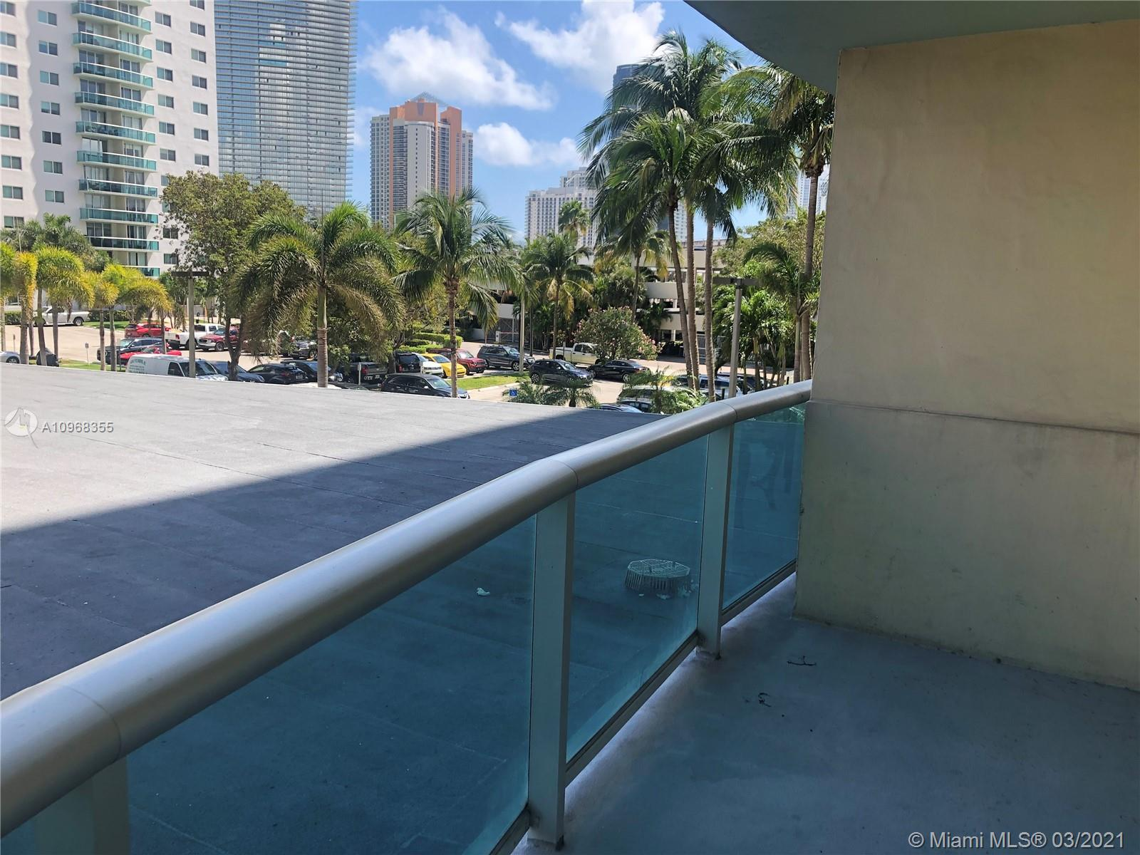 19390 Collins Ave #216 photo010