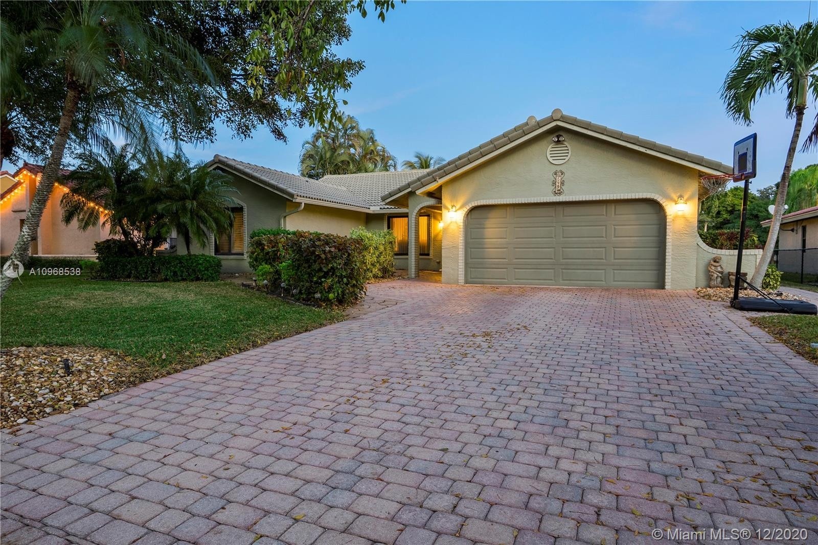 Property for sale at 549 NW 105th Dr, Coral Springs,  Florida 33071