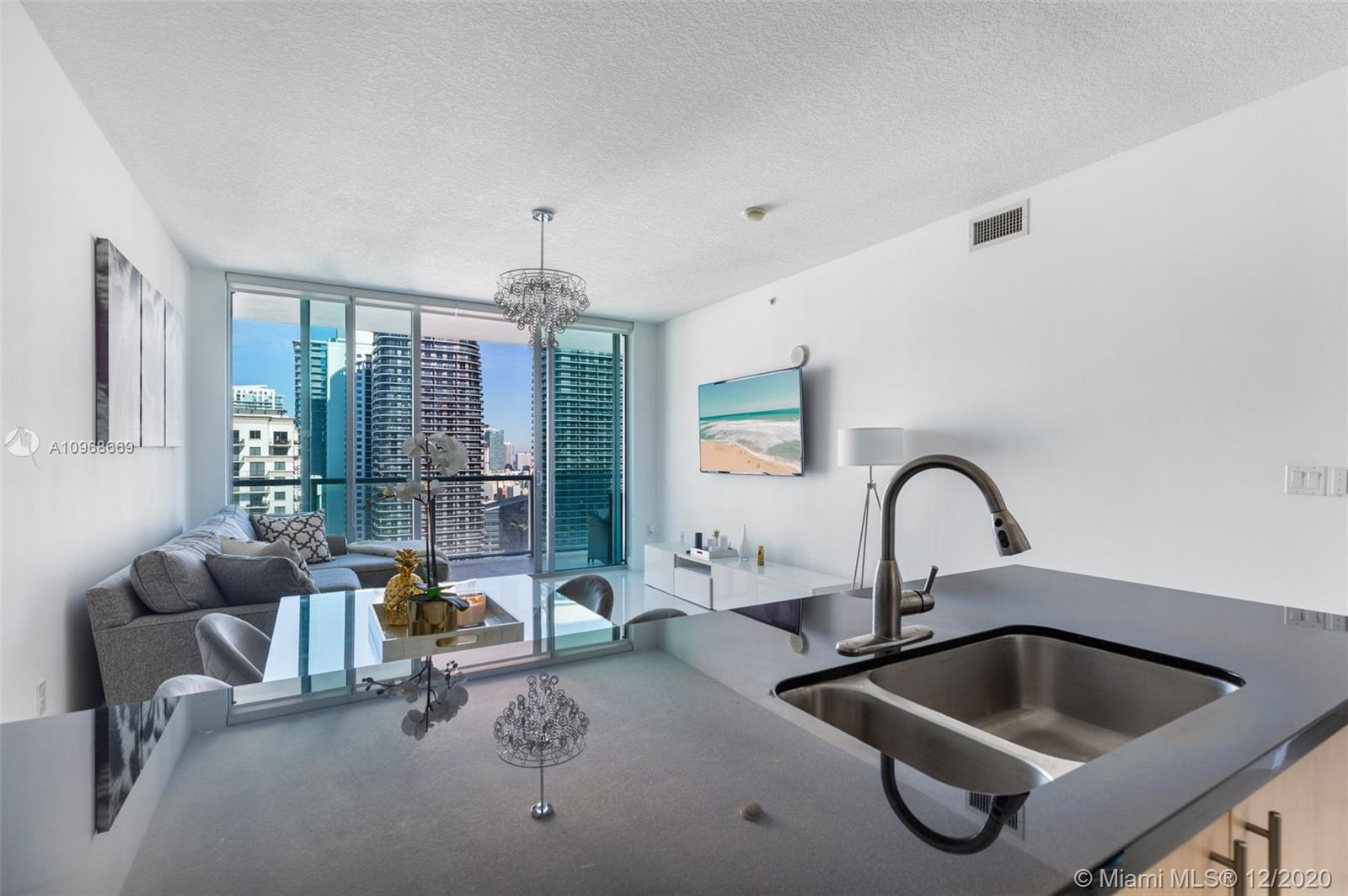 1111 SW 1st Ave #3624-N photo08