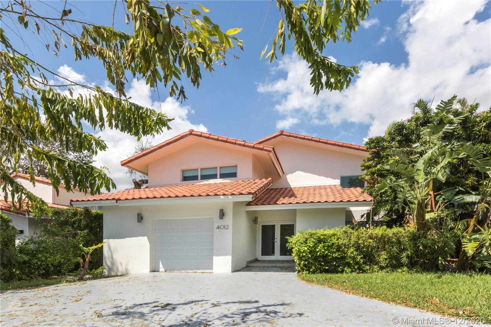 South Miami - 4012 Alhambra Cir, Coral Gables, FL 33146