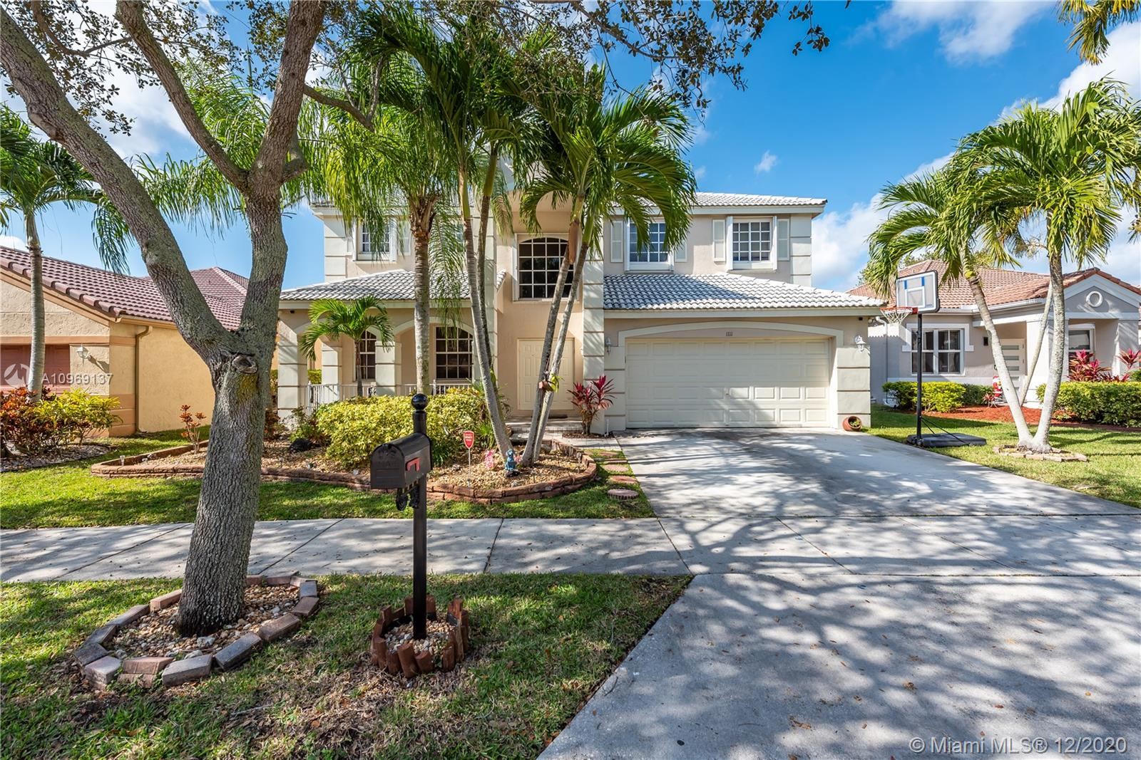 Weston - 1111 Birchwood Rd, Weston, FL 33327