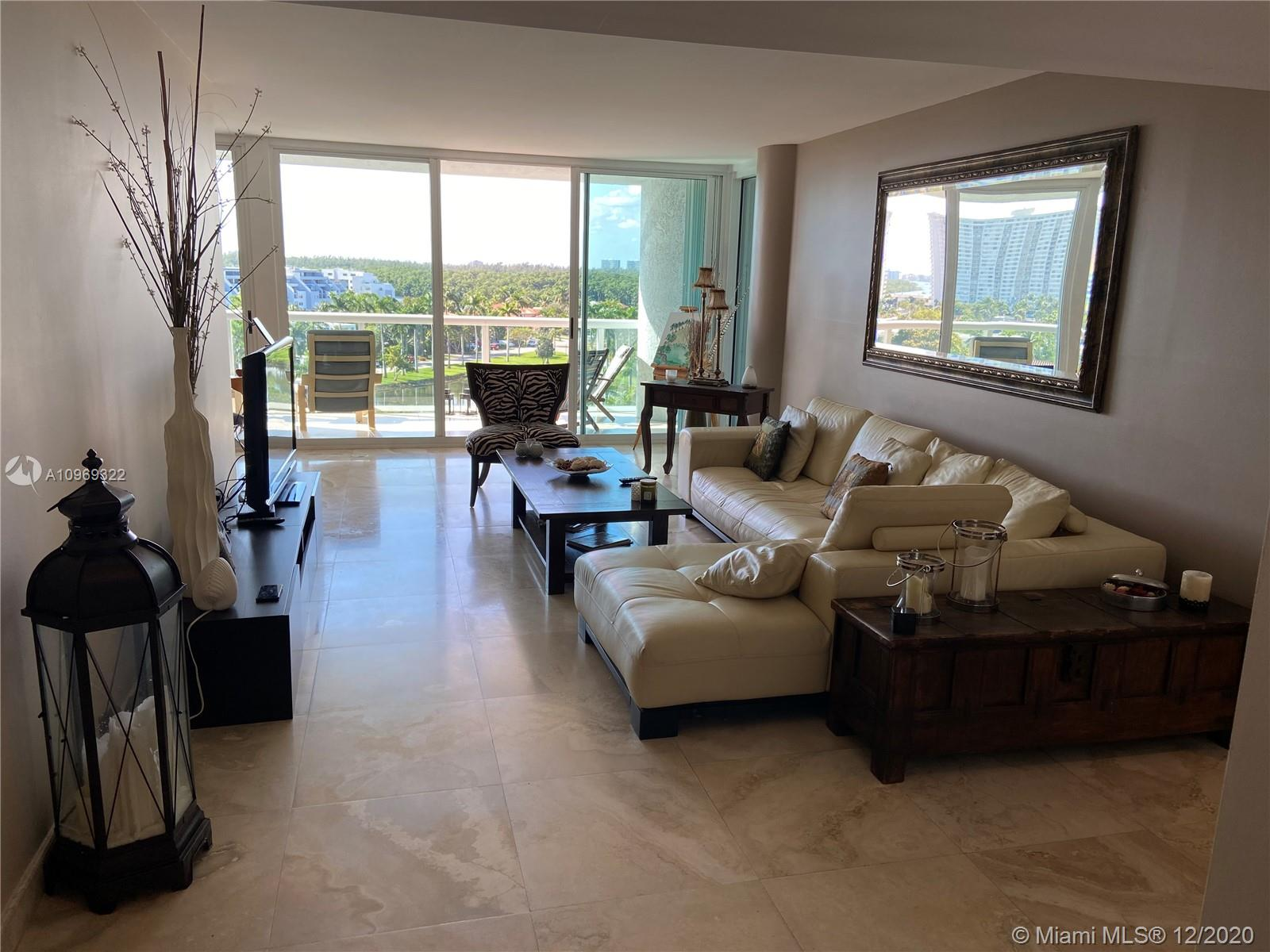 16500 Collins Ave #755 photo06