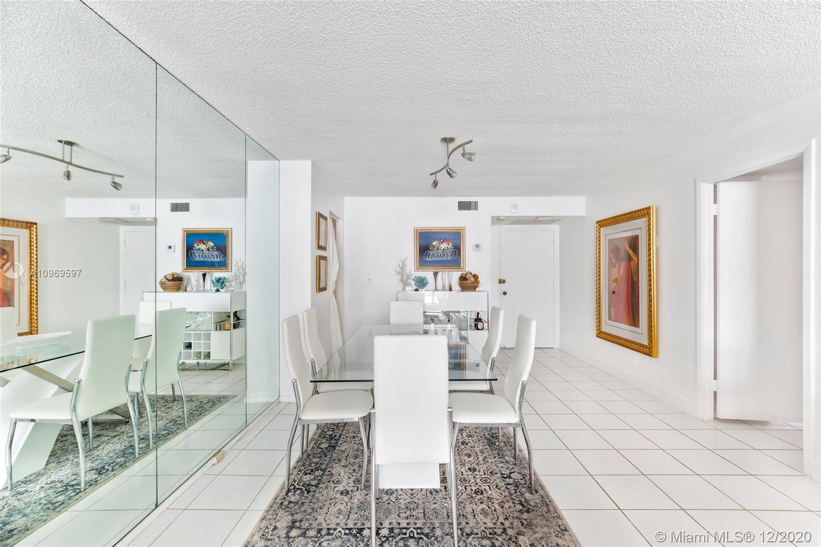 6039 Collins Ave #903 photo08