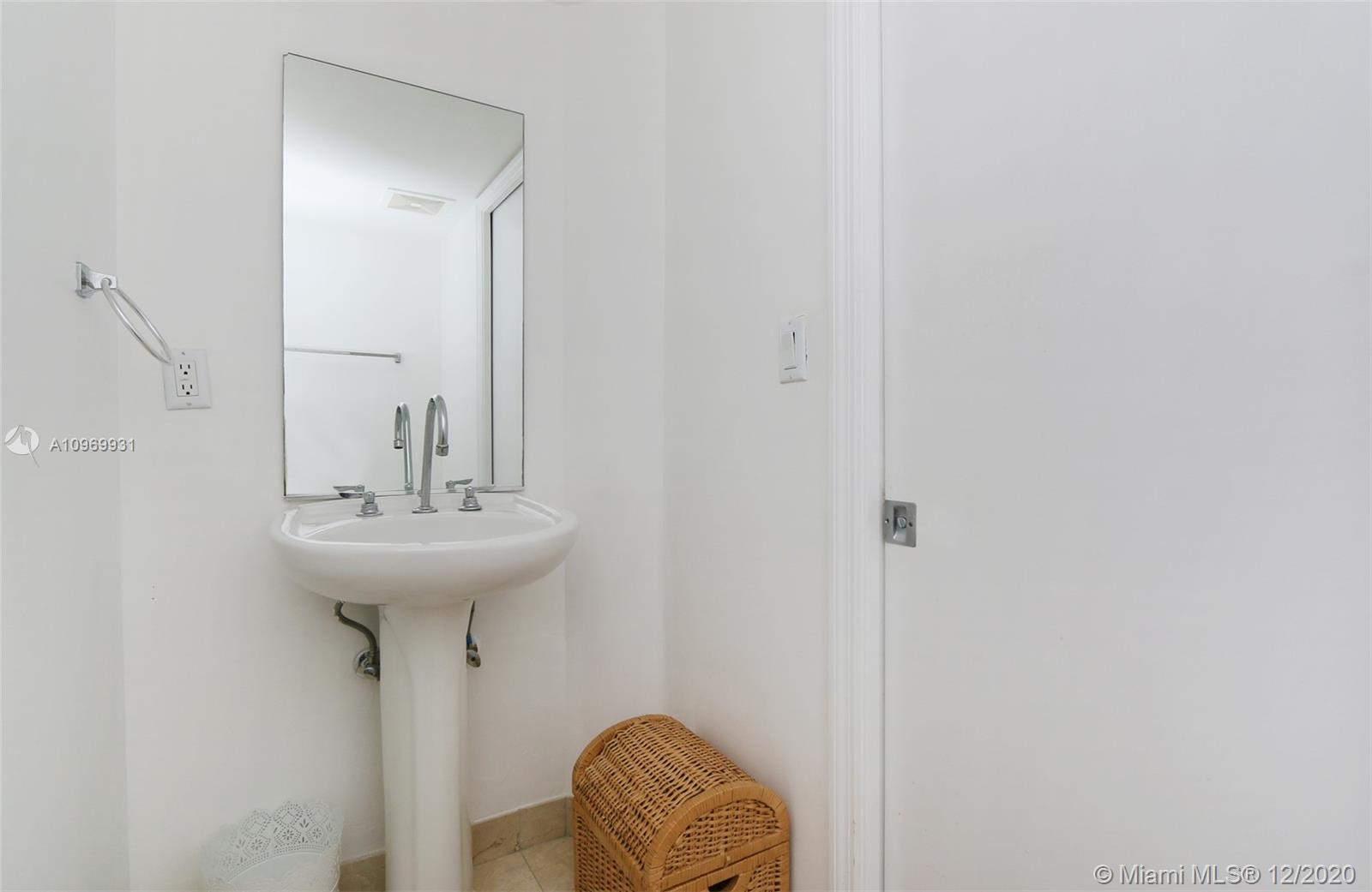 6917 Collins Ave #1614 photo035