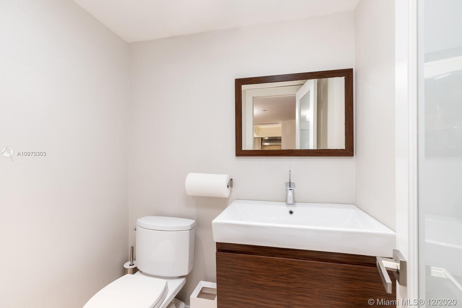 10175 Collins Ave #204 photo019