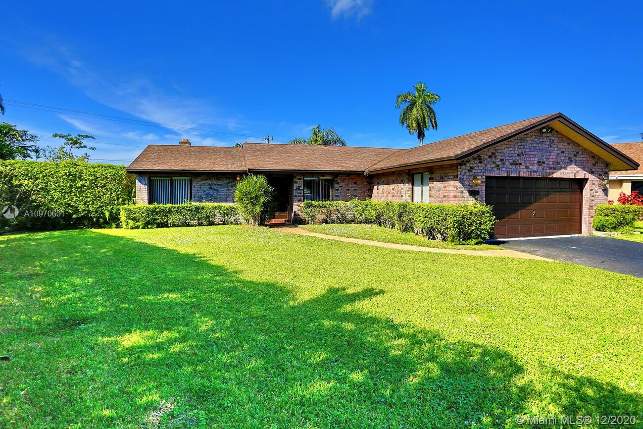 Property for sale at 833 SW 56th Ave, Margate,  Florida 33068