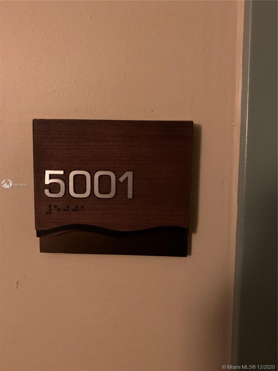 50 Biscayne Blvd #5001 photo01