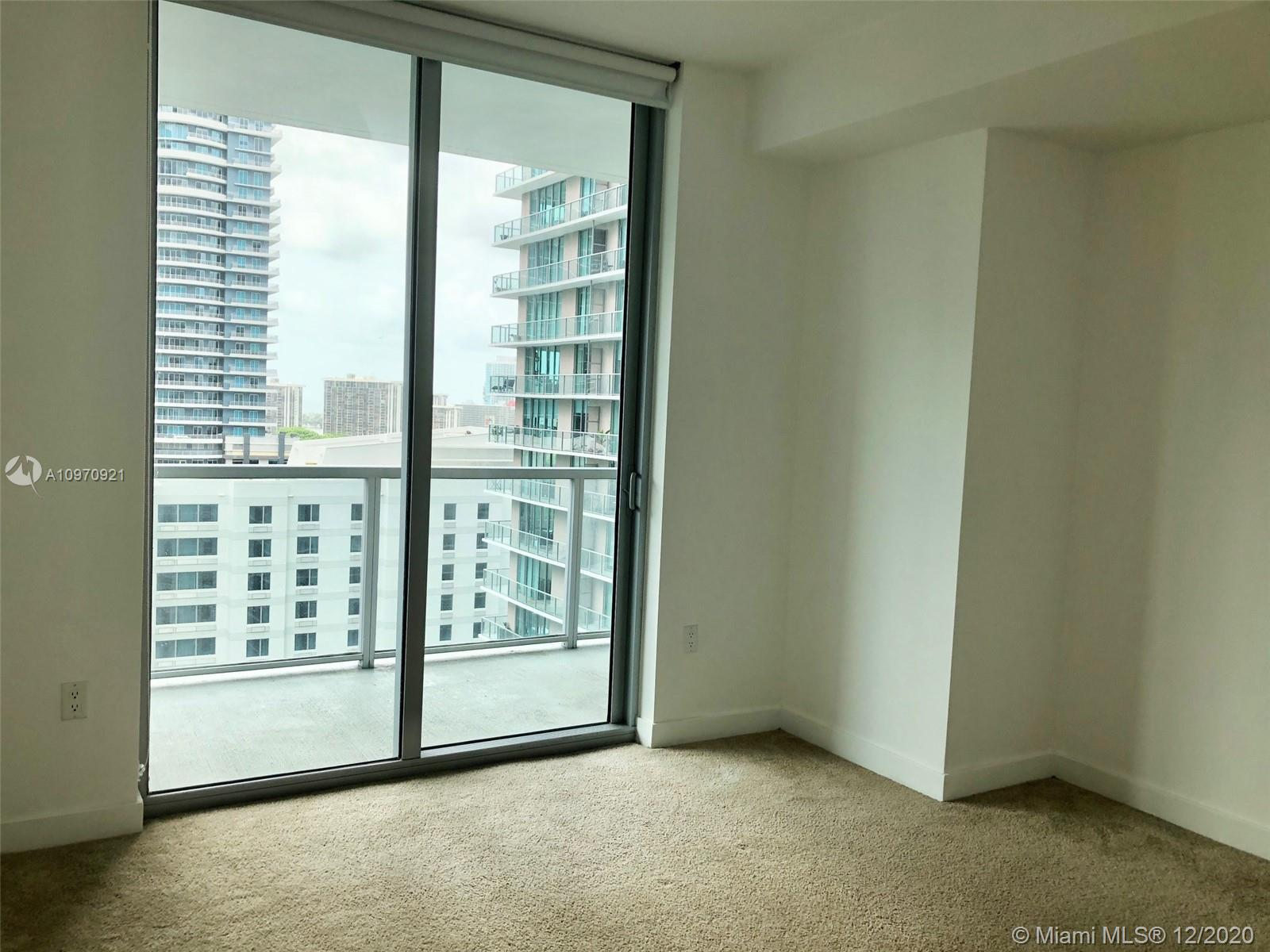 1111 SW 1st Ave #2019-N photo027