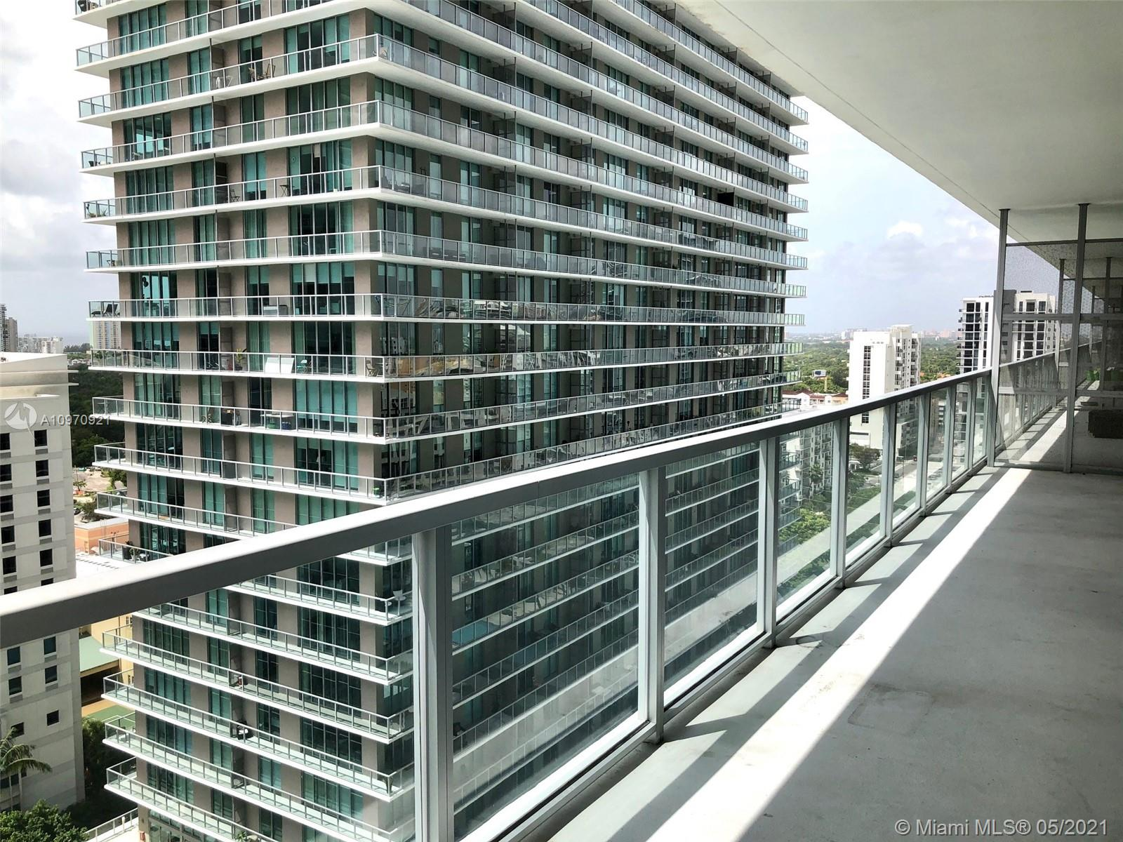 1111 SW 1st Ave #2019-N photo03