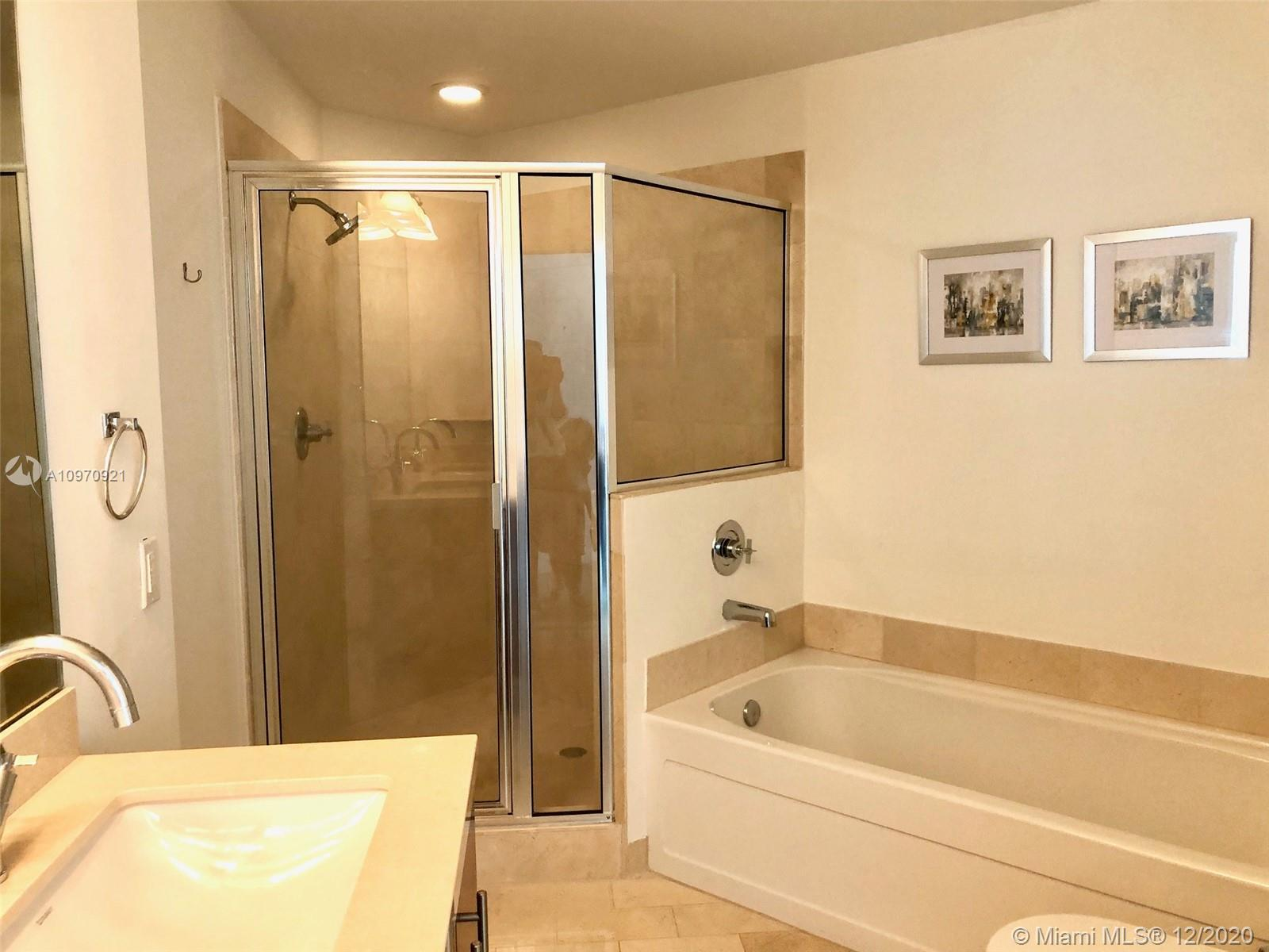 1111 SW 1st Ave #2019-N photo010