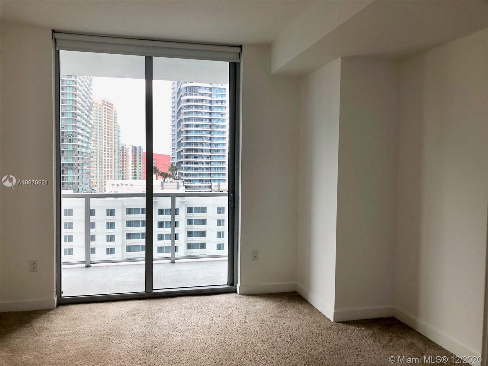 1111 SW 1st Ave #2019-N photo025