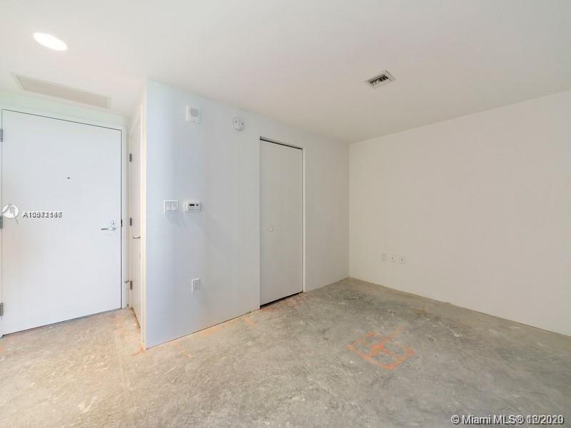 16385 Biscayne Blvd #603 photo012