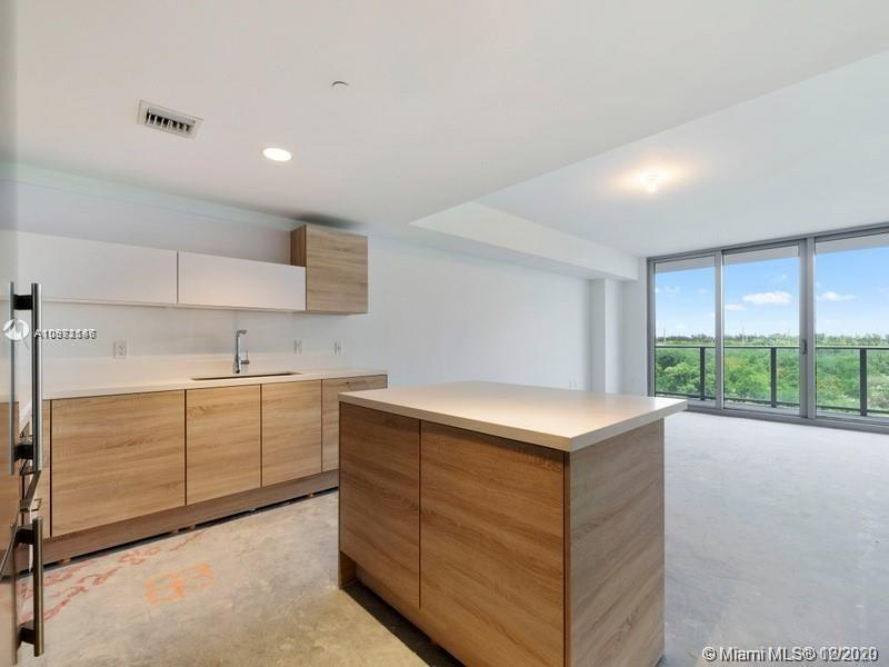16385 Biscayne Blvd #603 photo014