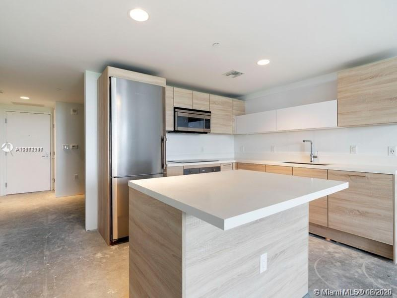 16385 Biscayne Blvd #603 photo015