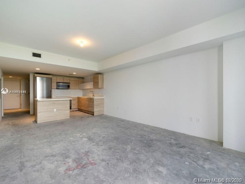 16385 Biscayne Blvd #603 photo011