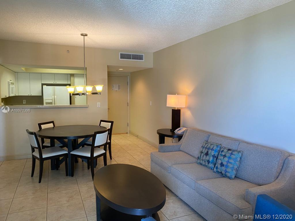 17375 Collins Ave #707 photo07