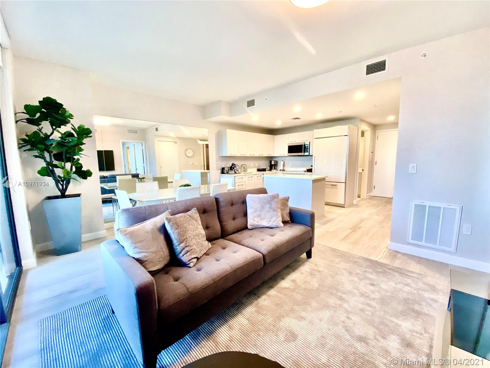 Brickell Heights East Tower #3202 - 45 SW 9th St #3202, Miami, FL 33130