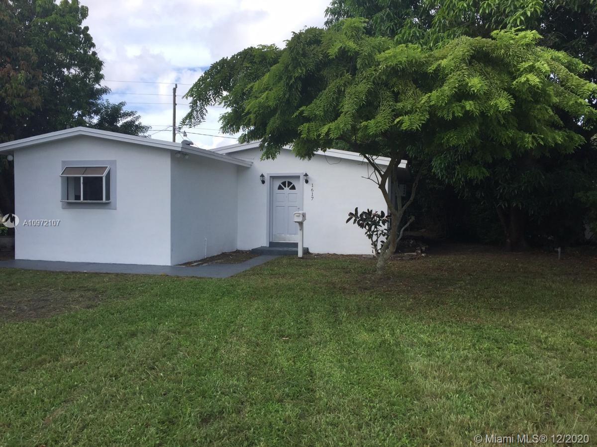 North Miami Beach - 1617 NE 177th St, North Miami Beach, FL 33162